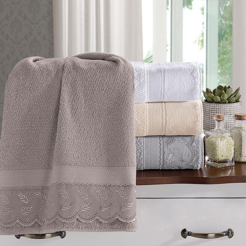 jogo-de-toalhas-5-pecas-em-algodao-500-gramas-por-metro-quadrado-e-aplicacao-de-renda-bouton-maisa-cor-bege-still