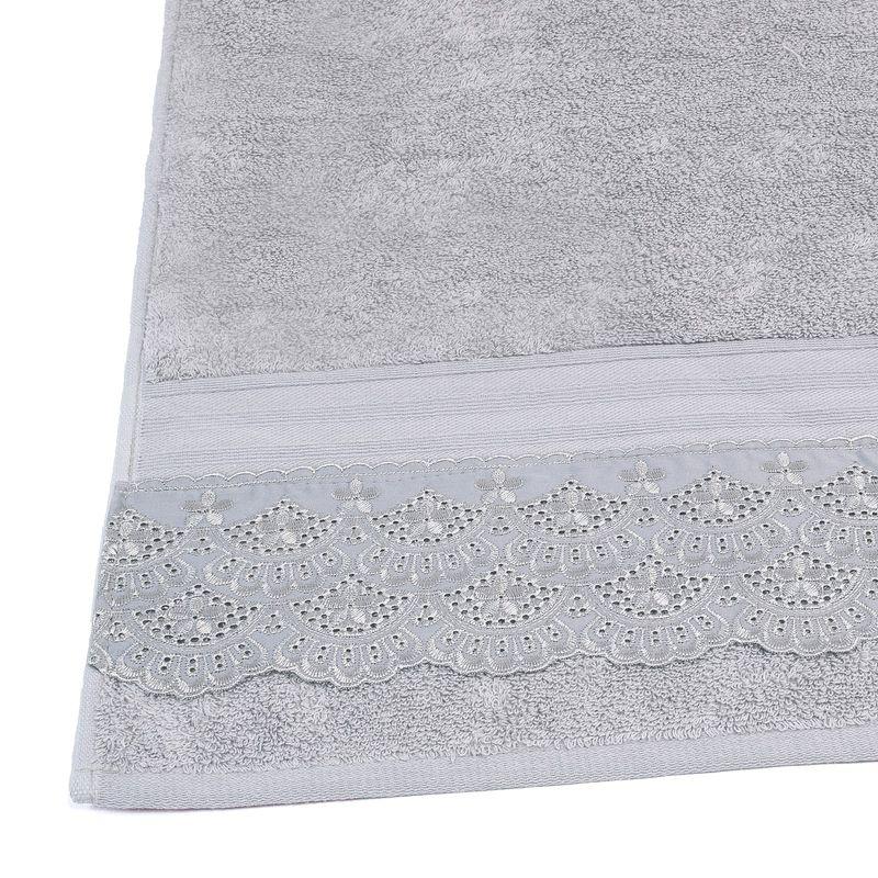 toalha-de-banho-gigante-com-renda-81x150cm-em-algodao-egipcio-500-gramas-buettner-cadence-cor-cinza-detalhe