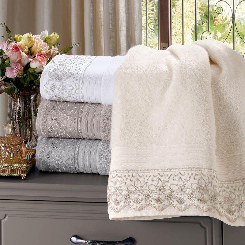 jogo-de-toalhas-com-renda-5-pecas-em-algodao-egipcio-500gr-buettner-sahar-cor-cinza-vitrine
